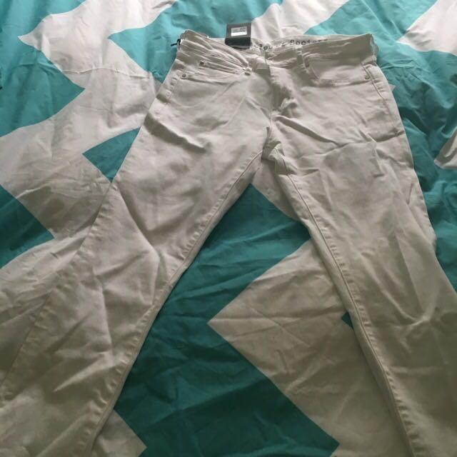 Size 28 White Skinny Jeans
