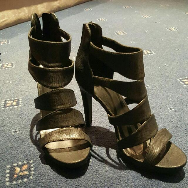 Women's Black Heels Brand New