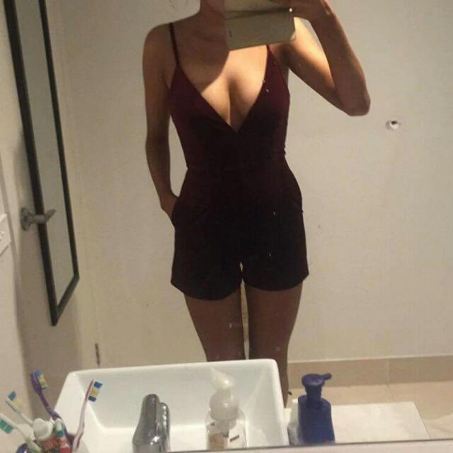 Womens Valvet Size 8