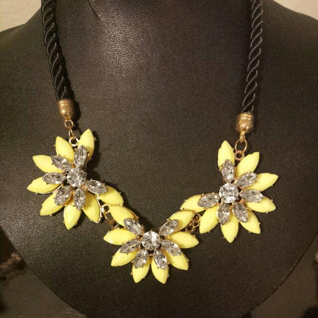Yellow Flower Diamond Necklace