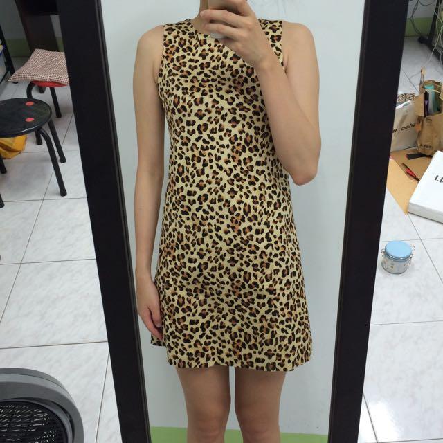 ZARA豹紋洋裝