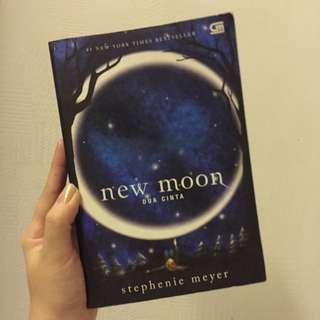 New Moon Novel By Stephanie Mayer
