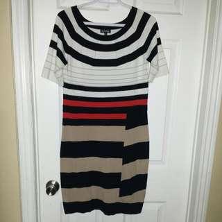 Le CHATEAU Dress size LARGE
