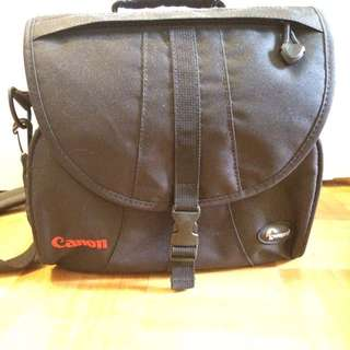 REDUCED- Large Canon Camera Bag