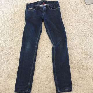Guess Jeans (size 28)