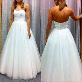 Size 6-8 Sweetheart Wedding Dress