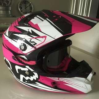 Girls Motocross Helmet & Goggles