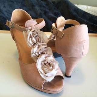 Size 36 - Dusty Pink Heels