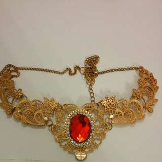 💥SALE💥 Antique Victorian Filigree Statement Collar Necklace With Red Gem
