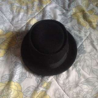 Black Small Rim Hat
