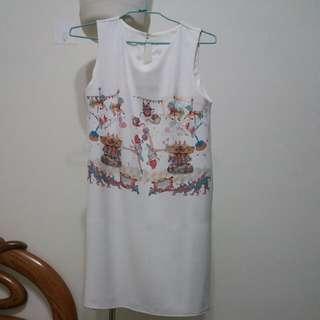 旋轉木馬白色洋裝