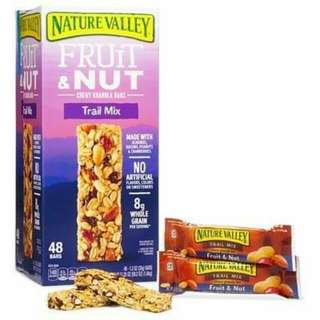 NATURE VALLEY CHEWY GRANOLA TRAIL MIX BARS 48 Count