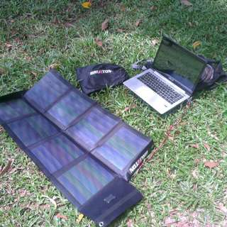 Portable & Foldable Solar Panel 26W (12V) - Brunton Solaris