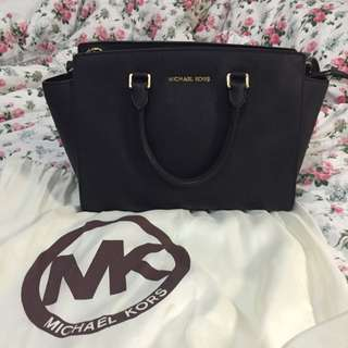 Michael Kors (large Selma Black)