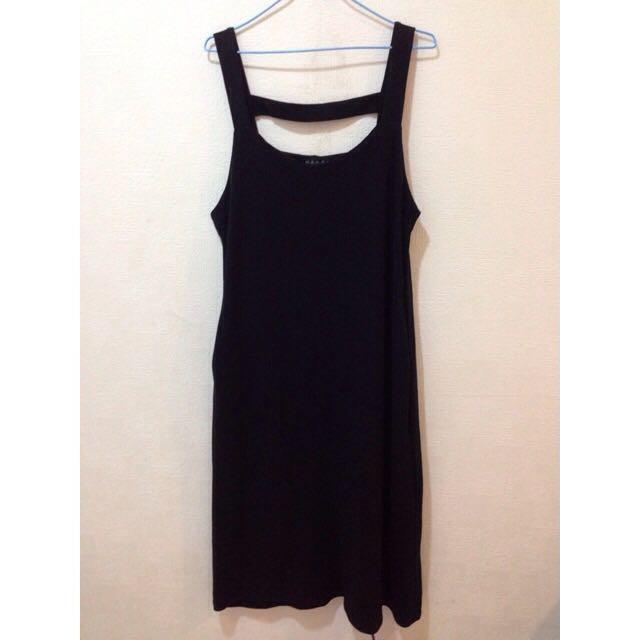 (含運)黑色長版吊帶裙