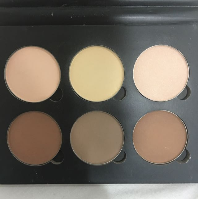 Anastasia Beverly Hills Contour Palette - Light To Medium