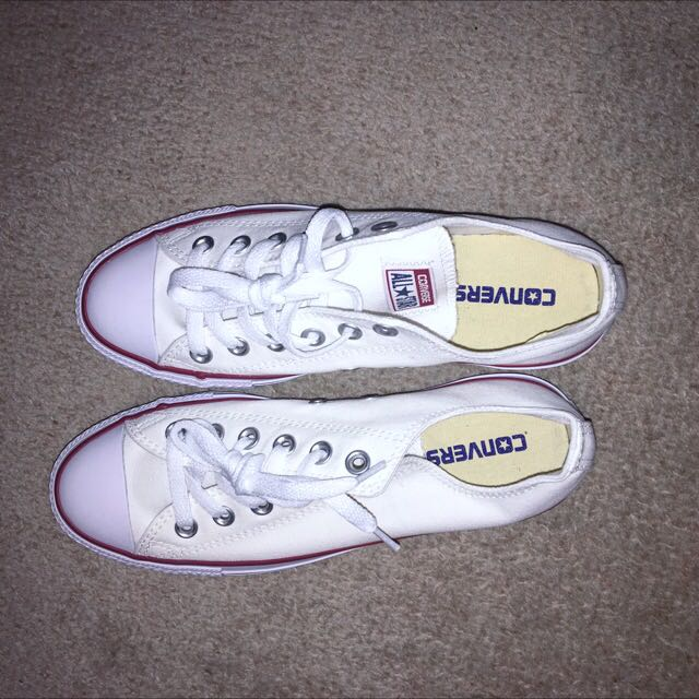 Authentic Brand New White Low Converse Sneakers