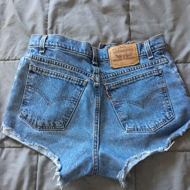 Levi Ripped Shorts