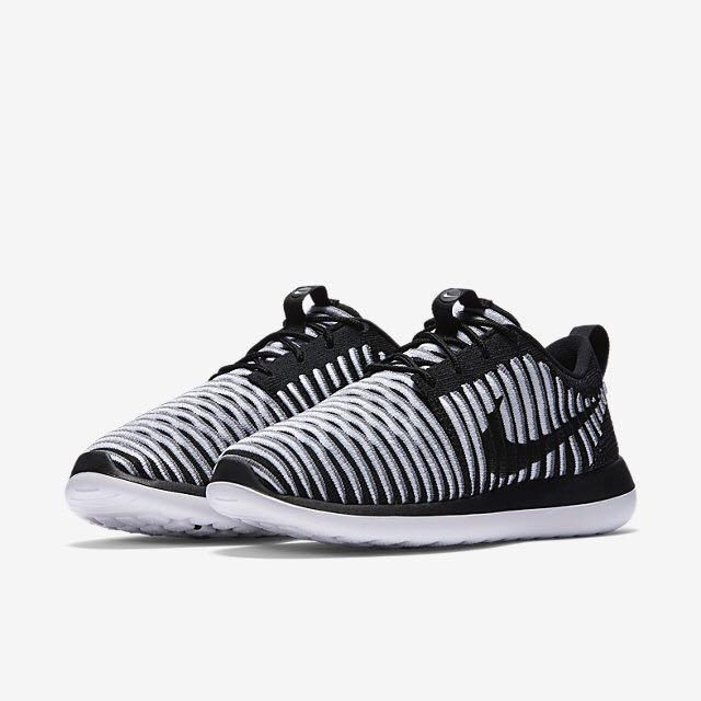 779ff111802d Nike Roshe Two Flyknit (Women) - Black White Cool Grey Black ...