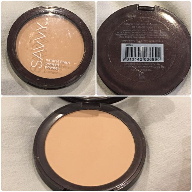 SAVVY PRESSED POWDER IN THE SHADE NATURAL BEIGE