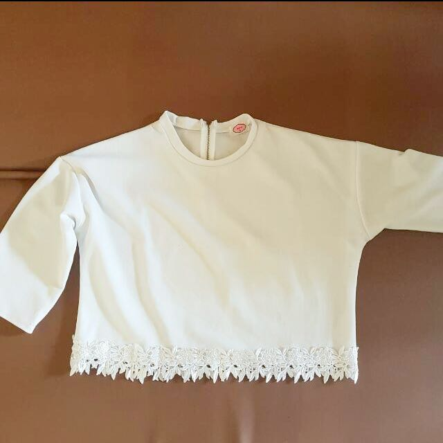 WHITE CROPTEE