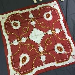 Cartier 經典紅 寶石三環戒 絲巾 83*83
