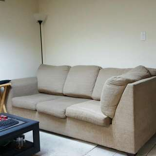 L Shaped Couch (Pull Out Mattress Included)