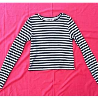 H&M divided cropped stripes