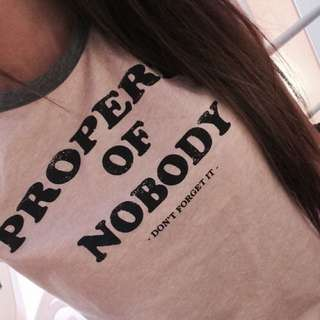 Bershka Property Of Nobody T恤