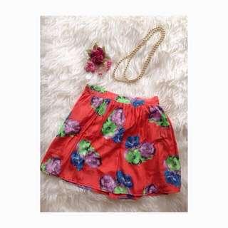 Celana Rok Bunga-bunga