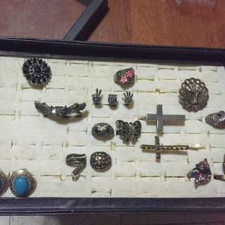 15 Pcs Of Accessories  (Rings And Earrings)