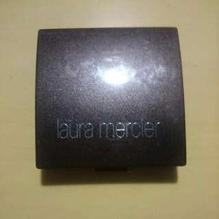 laura Mercier Mineral Foundation