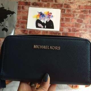 Michael Kors Wallet (Broken Zipper)