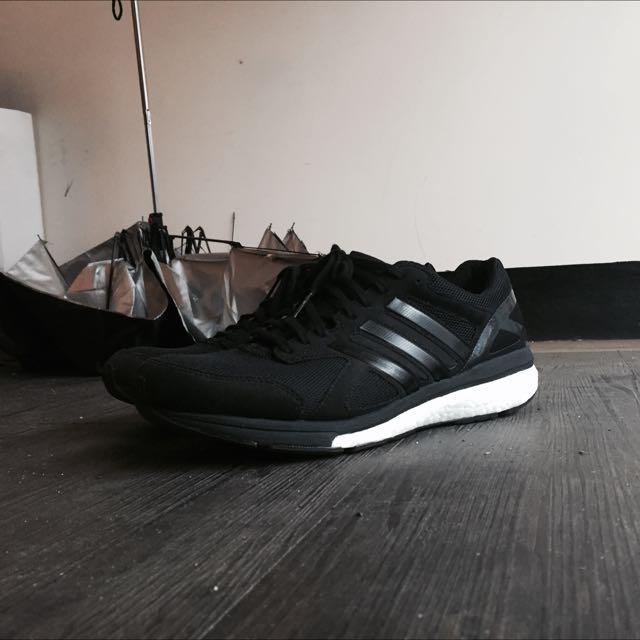 二手近全新adidas adizero Boost 慢跑鞋