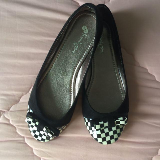 Basic Flatshoes