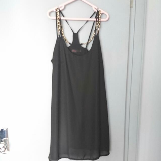Black Flowy Ally dress size 8
