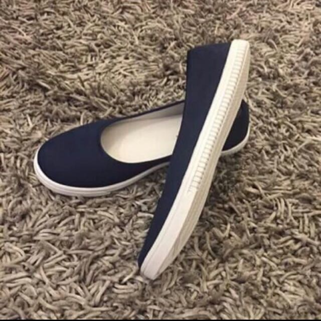Canvas Flats In Navy Blue