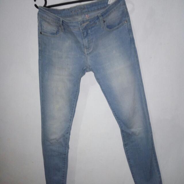 celana skinny jeans merk cardinal..good condition bngt