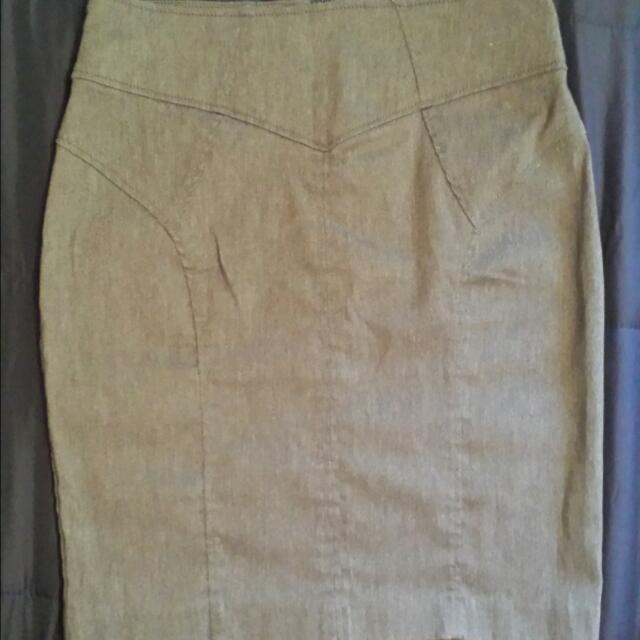Dynamite Pencil Skirt Size 11