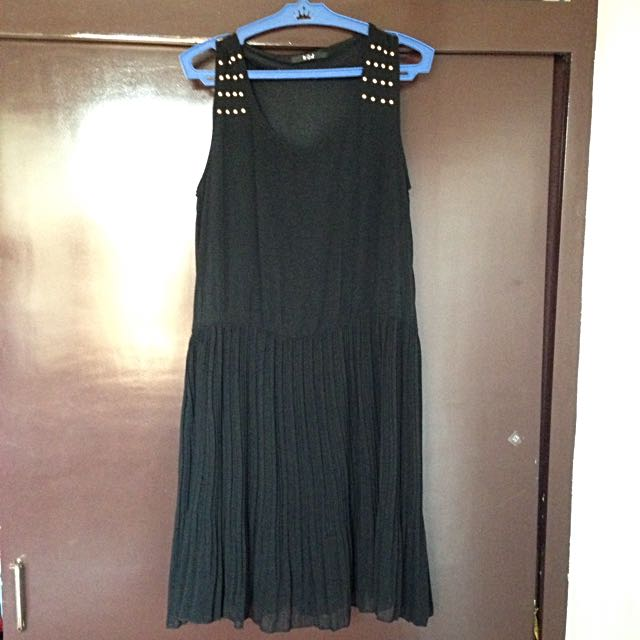 It Girl Black Dress