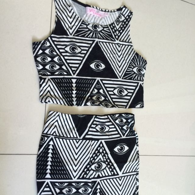 Miss WHATEVER Size M