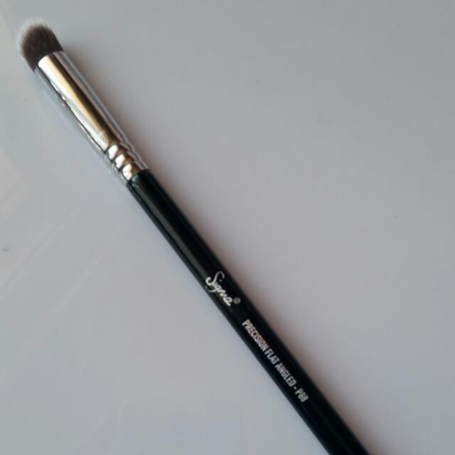 Sigma Beauty P88 Precision Flat Angled
