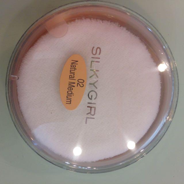 Silky Girl Loose Powder