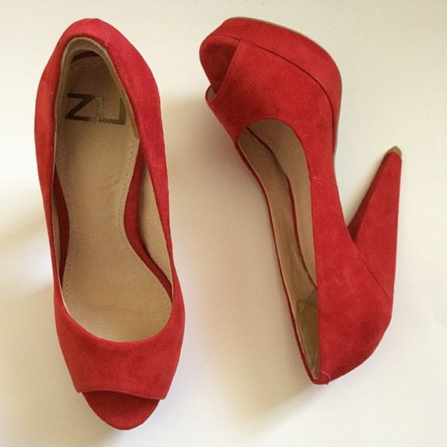 ZU Heels Size 5