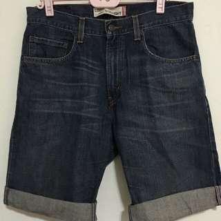 32腰-Levis569牛仔短褲 內有 各式鞋子 球衣 牛仔褲 外套