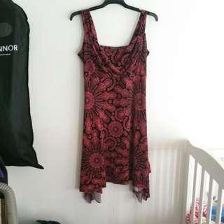Dress, Stretch. Size 14