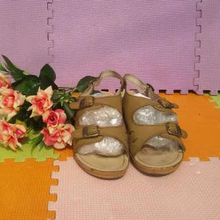 Comfi BATA shoes Preloved