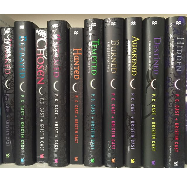 10 House of Night Novels