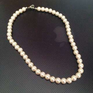 Fake Short Chain Pearl Necklace