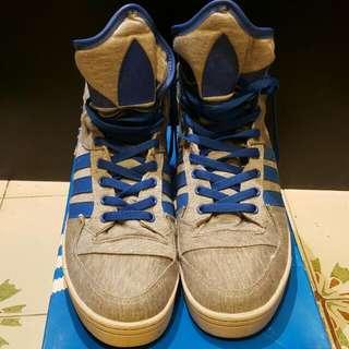 adidas 高筒鞋(減價)